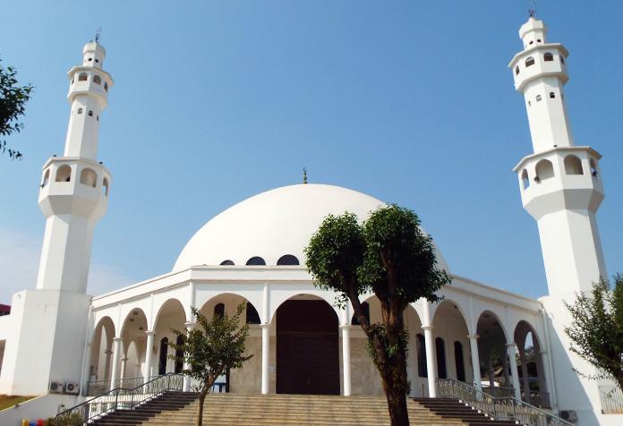 Mesquita Mulçumana, uma pena estar fechada
