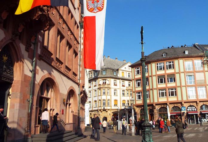 Outro cantinho da Romerplatz
