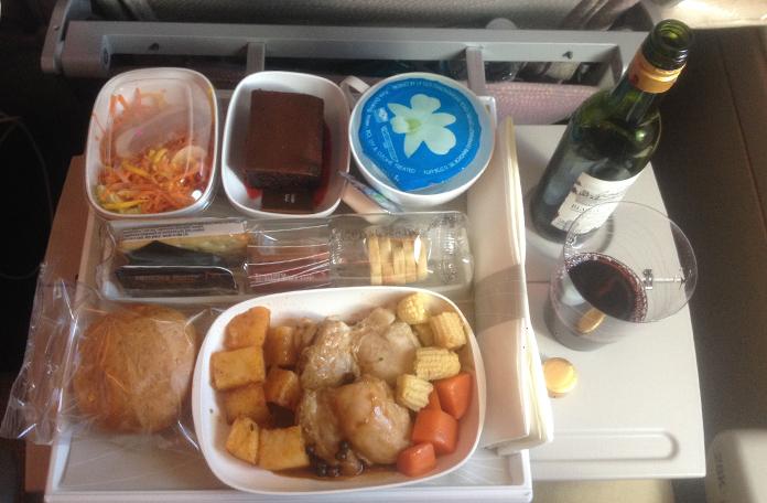 Almoço no voo Bangkok x Dubai
