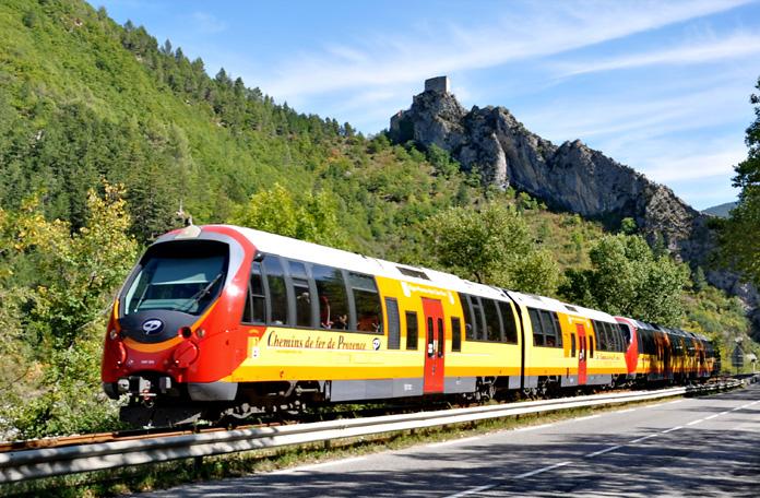 10 viagens de trem: Nice para Digne les Bains na França