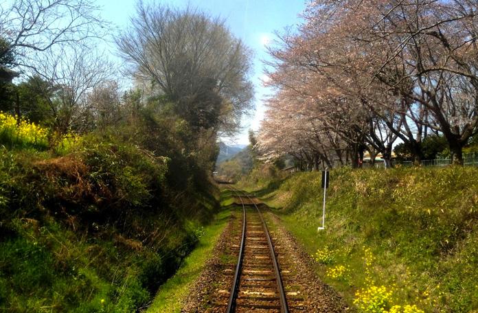 10 viagens de trem: Yatsushiro para Hayato no Japão