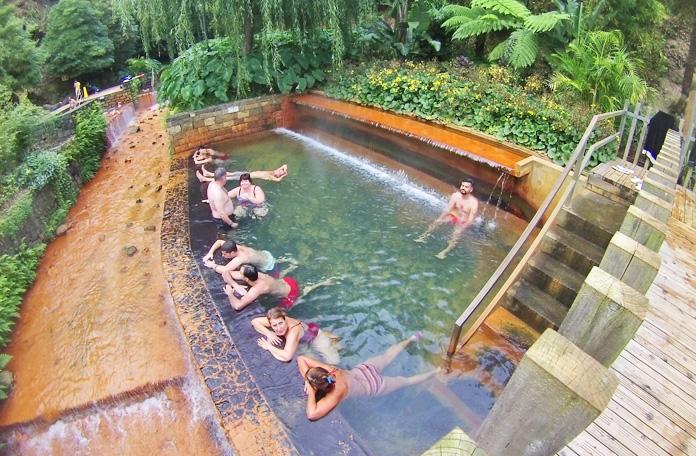Uma das piscinas termais