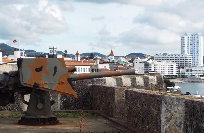 Vista de cima das muralhas