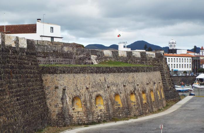 Vista da parte de trás do forte