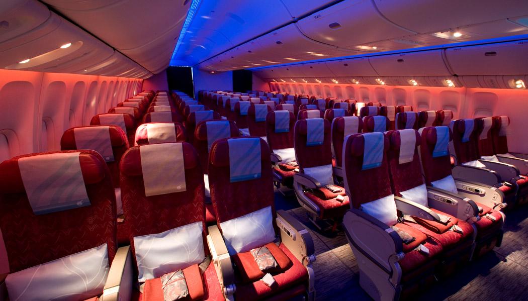 Classe econômica do 777-300 (imagem: divulgação)