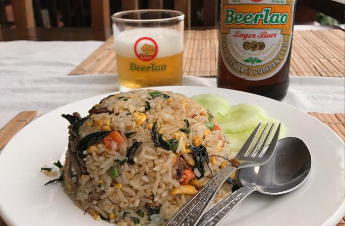 Comida e cerveja do Laos