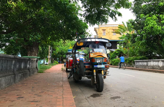Tuk-tuk típico do Laos