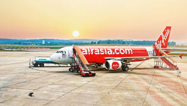 Como é voar com a Air Asia de Bali para a Tailândia