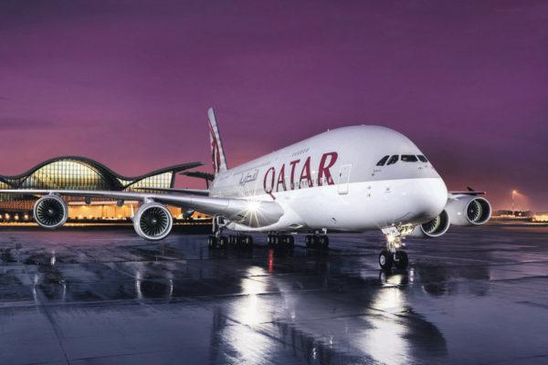Como é voar nos Airbus A380 da Qatar