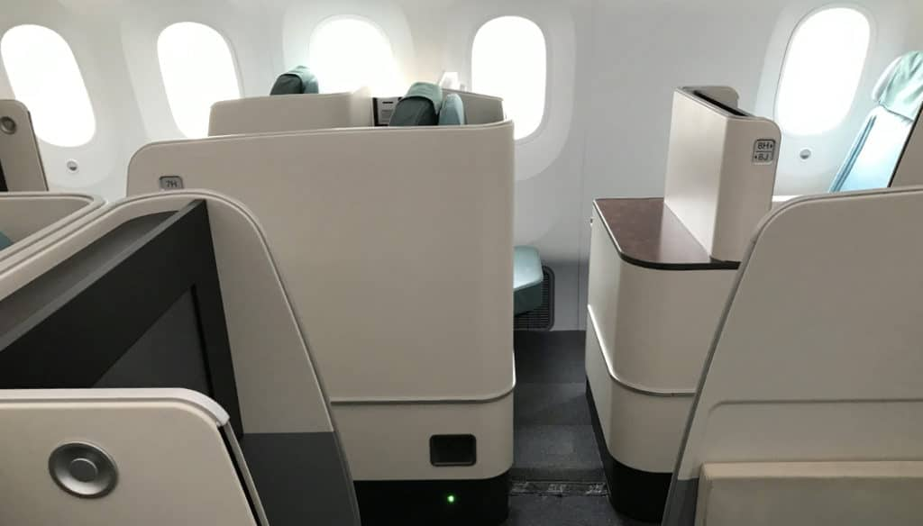 Como é voar com a Korean Air no Boeing 787