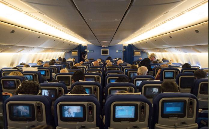 Classe econômica dos Boeings 777-300 da KLM