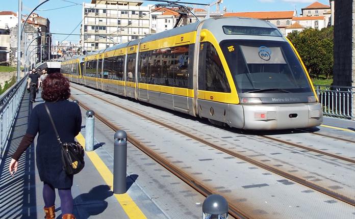 Metro no trecho de superfície