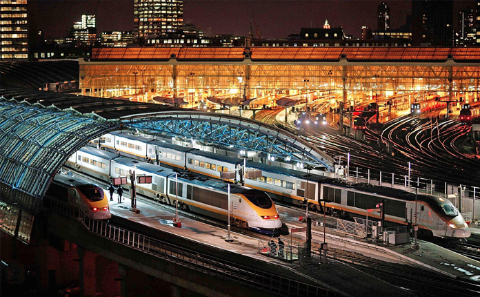 Eurostar saindo de Londres para Paris