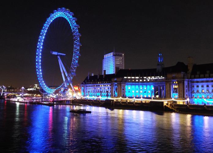 E uma noturna pra você se apaixonar pela London Eye