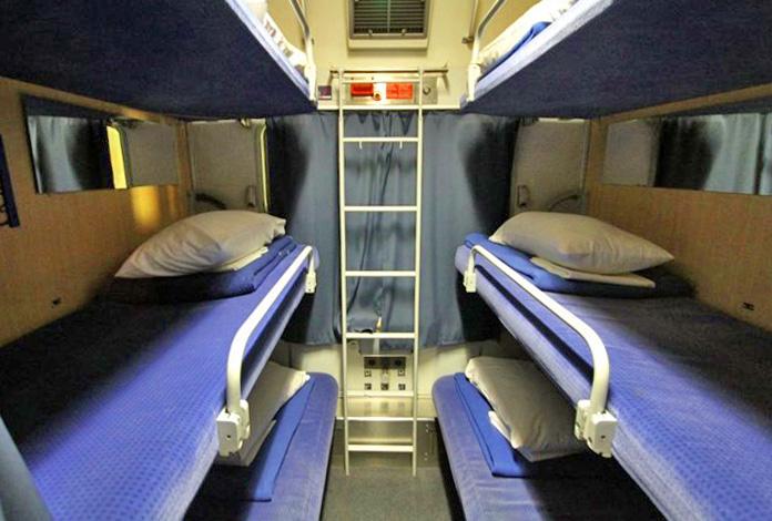 Dormitório com 6 camas
