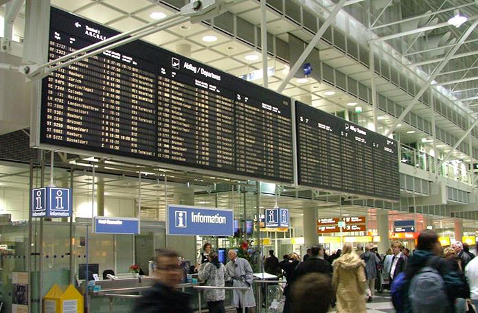 São muitos e muitos vôos saindo e chegando em Munique só em uma manhã