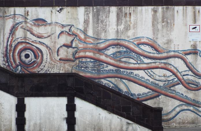 Detalhe da escadaria atrás do Forte de São Brás