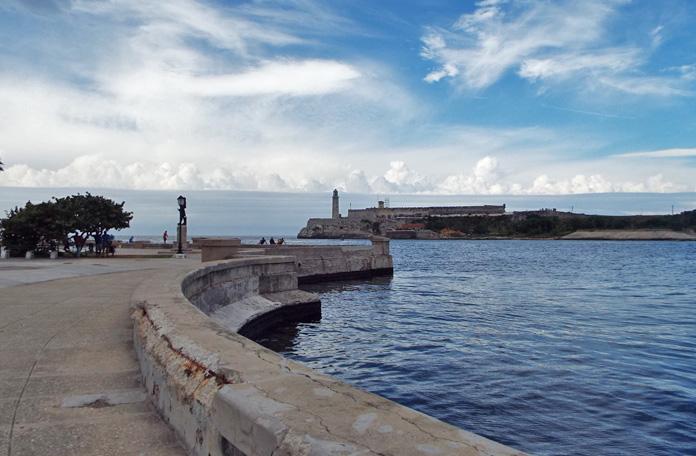 Malecón na entrada da Baía de Havana