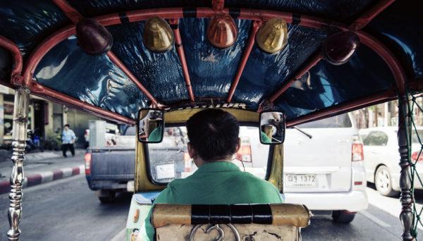 perigos e golpes na Tailândia